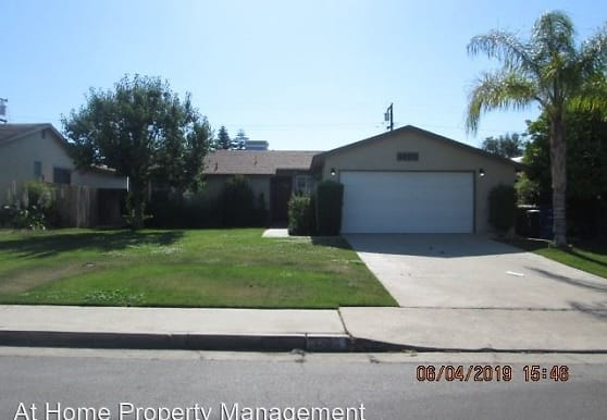 3200 Baylor St, Bakersfield, CA