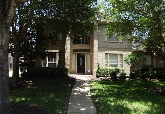 2522 La Rochelle Court, Seabrook, TX