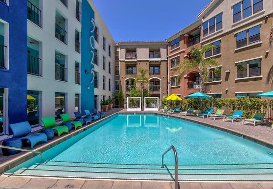 Fifty Twenty-Five, San Diego, CA