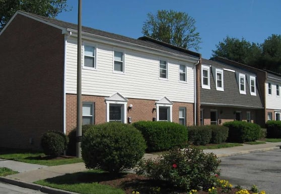 Hodges Ferry East Townhomes, Portsmouth, VA