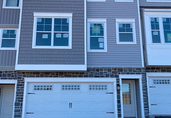 167 Larrabee Wy, Royersford, PA