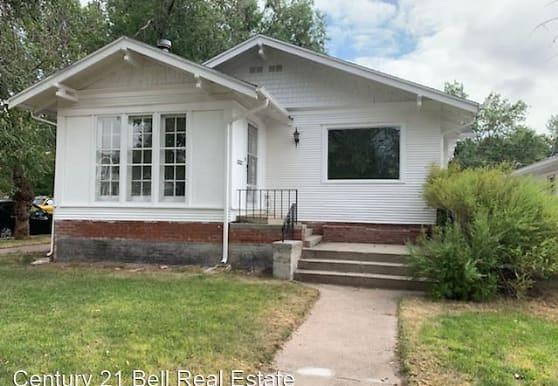 3023 Pioneer Ave, Cheyenne, WY