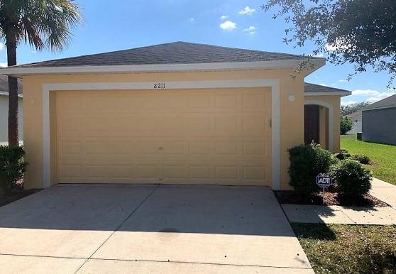 8211 Midnight Sun Ct, Riverview, FL