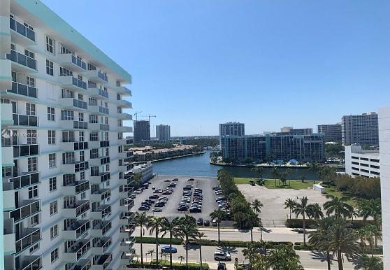 3725 S Ocean Dr 1217, Hollywood, FL