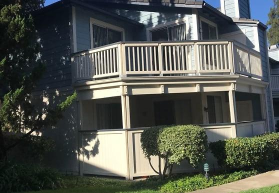 2486 Pleasant Way, Thousand Oaks, CA