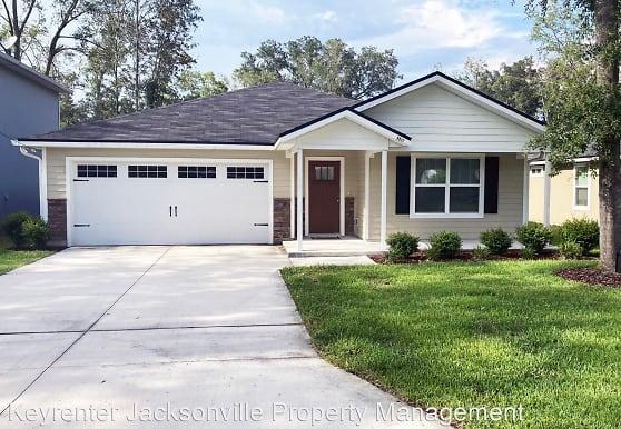 8037 Stuart Ave, Jacksonville, FL