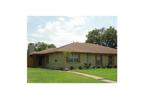 4302 Segura Ct N, Fort Worth, TX