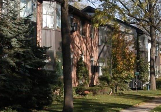 700 Park Ave W, Highland Park, IL