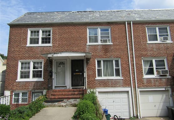 86-13 256th St, Queens, NY