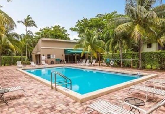 110 NW 70th St, Boca Raton, FL