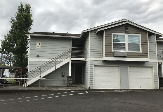 15064 NW Central Dr, Portland, OR