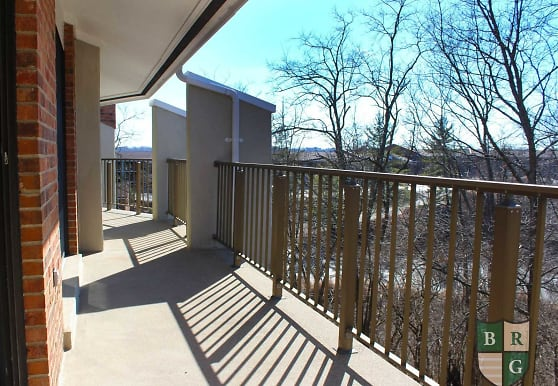 Indian Lookout Apartments, Cincinnati, OH