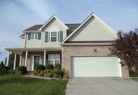 4635 Aylesbury Drive, Knoxville, TN