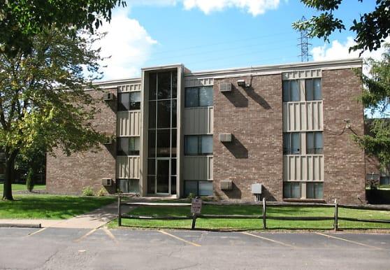 Christie Corners Apartments, Toledo, OH