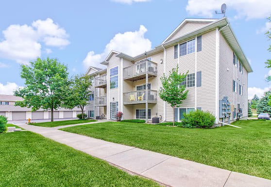 Heartland Fields Apartments - Sioux Falls, SD 57108