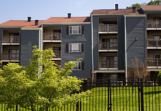 5 East, Towson, MD