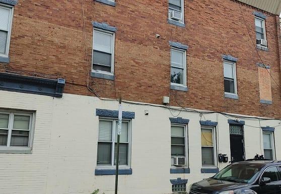 5619 Market St 2, Philadelphia, PA