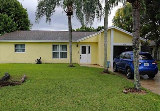 11701 NW 27th Ct, Plantation, FL