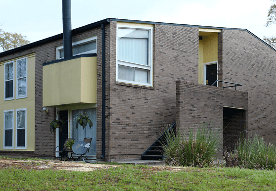 North Gate, Meridian, MS