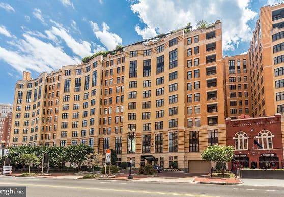 400 Massachusetts Ave NW 223, Washington, DC