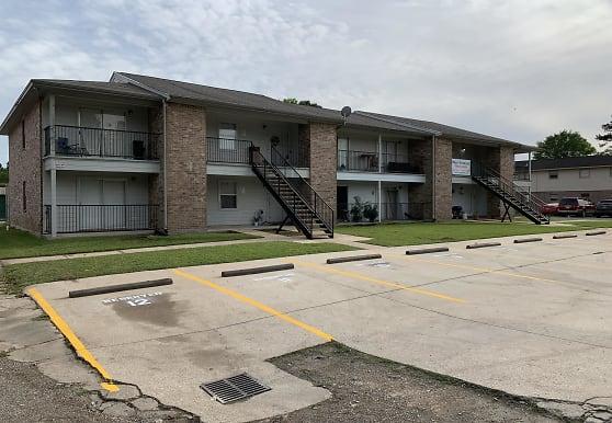 1070 Orange St, Vidor, TX