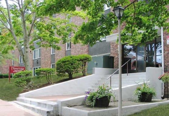 Ledgecrest Apartments, Vernon Rockville, CT