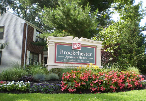 Brookchester Apartments, New Milford, NJ