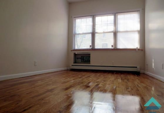 1624 Summerfield St, Queens, NY