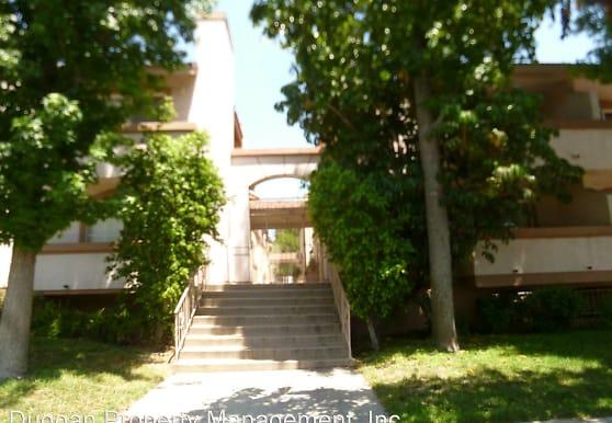 8744 Darby Ave, Los Angeles, CA