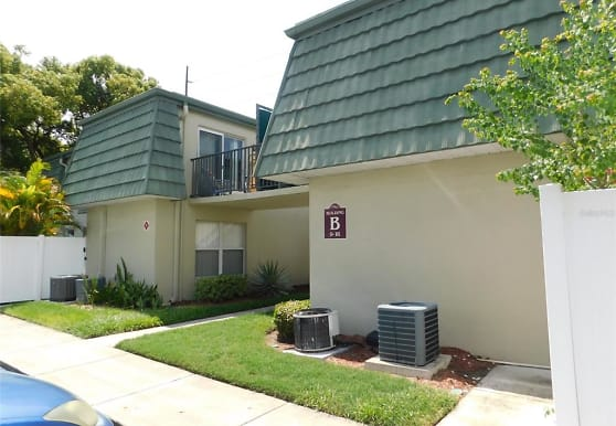 1799 N Highland Ave 14, Clearwater, FL