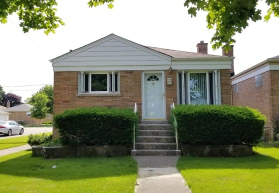 2301 Forest Ave, North Riverside, IL