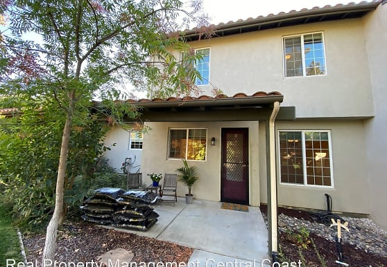 627 Nicklaus St, Paso Robles, CA