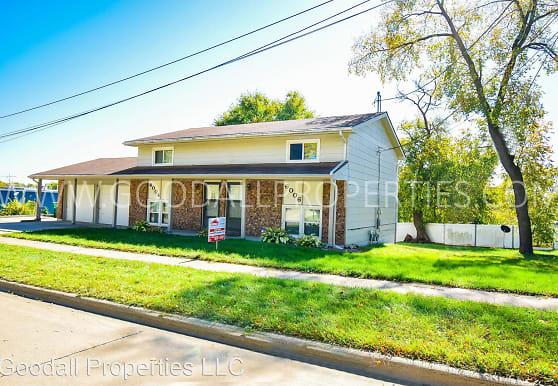 6006 Townsend Ave, Urbandale, IA