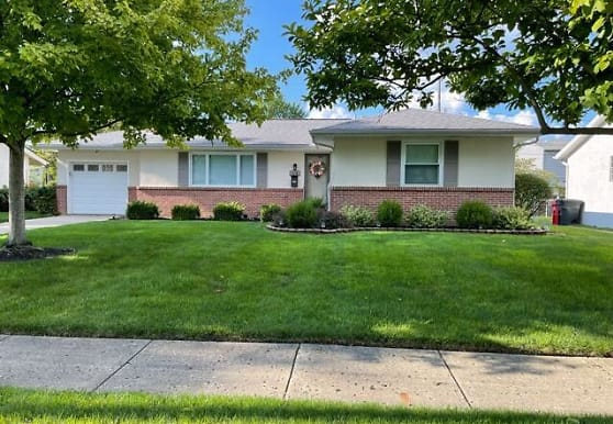 3174 Kingswood Dr, Grove City, OH