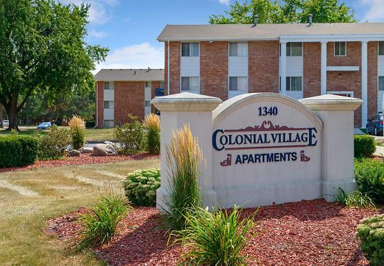 Colonial Village, West Des Moines, IA