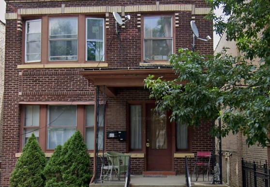 2835 N Rockwell St 2, Chicago, IL