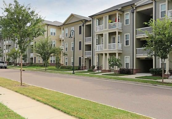 Jackson Walk Apartments - Jackson, TN 38301