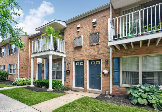 Village of Pennbrook Apartments, Levittown, PA