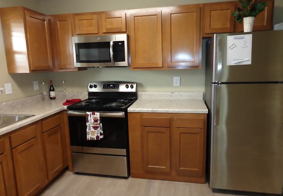 River Road Apartments, Indianapolis, IN