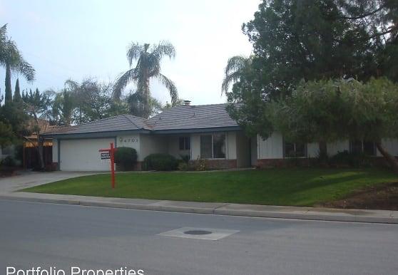 4701 Ironwood Way, Bakersfield, CA