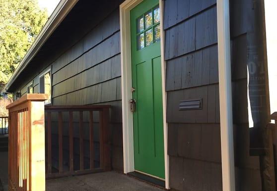 2708 S King St, Seattle, WA