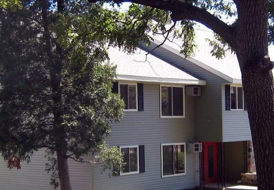 Park Linn Apartments, Dodgeville, WI