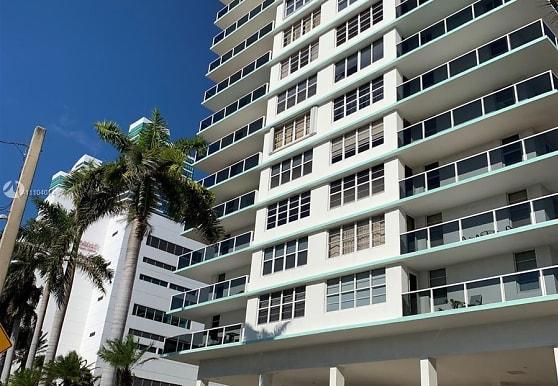 3725 S Ocean Dr 304, Hollywood, FL