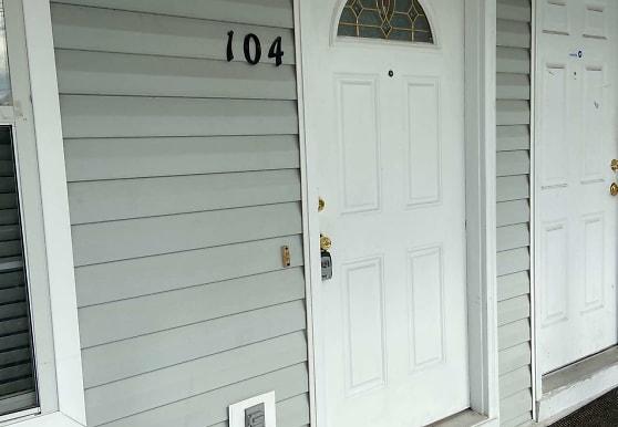 104 Magnolia Plantation Ct, Hinesville, GA