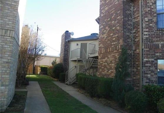 732 Bluebonnet Dr C, Keller, TX