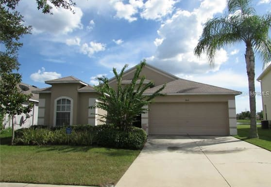8418 Canterbury Lake Blvd, Tampa, FL