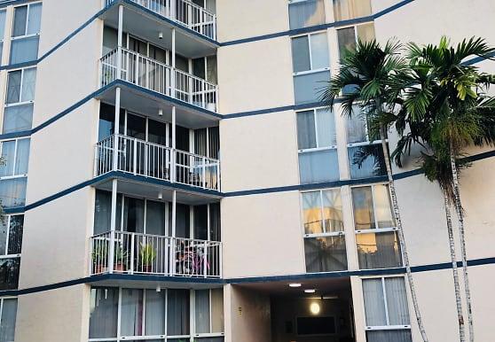 7165 NW 186th St, Hialeah, FL