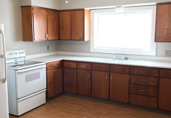 414 W Cedar Ave, Fergus Falls, MN