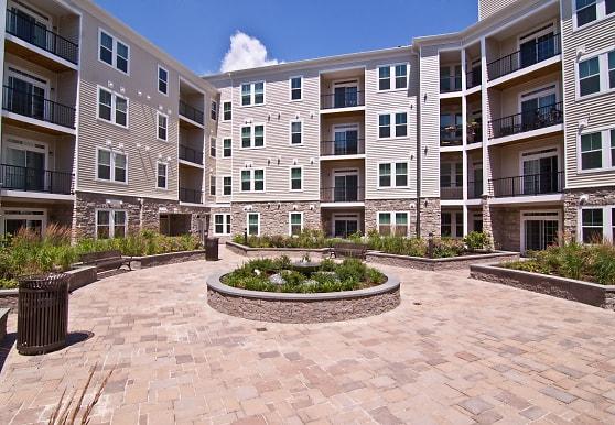 Kensington Place Apartments, Woodbridge, VA