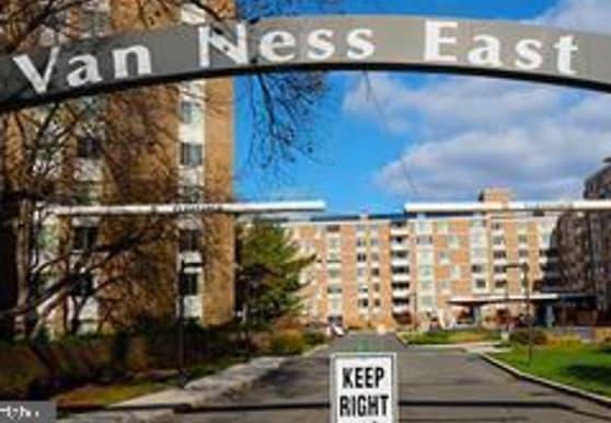 2939 Van Ness St NW 504, Washington, DC